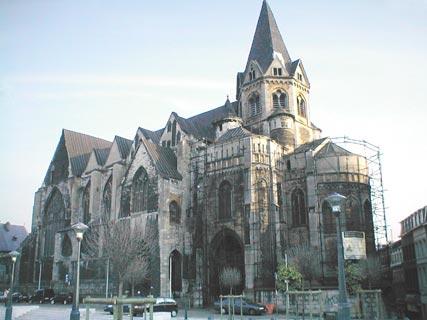 Collégiale Sainte-Croix  - Février 2002.