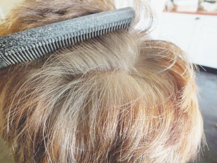 L'Oreal Uitgroei spray middenblond grijs haar