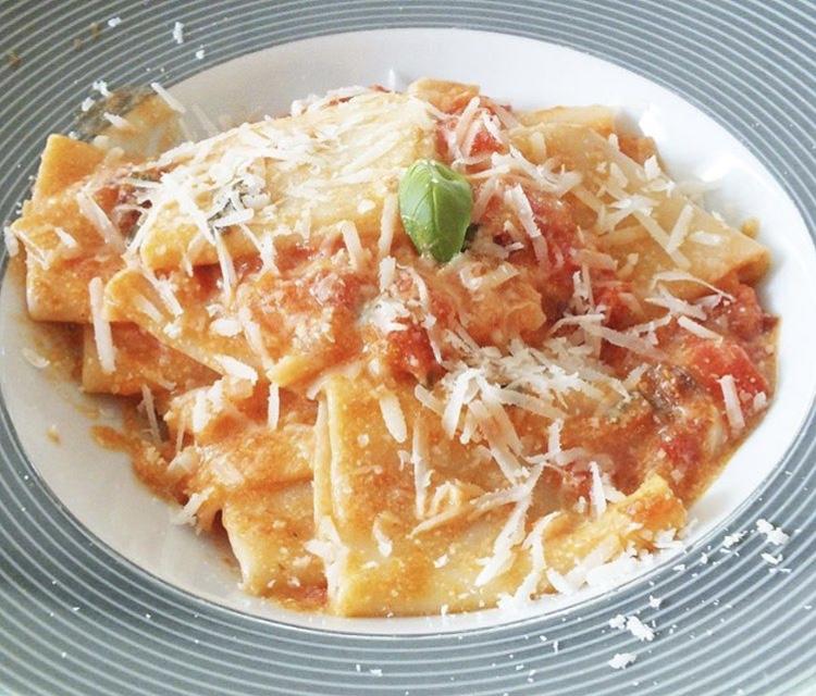 recept: Paccheri met Romige Tomatensaus