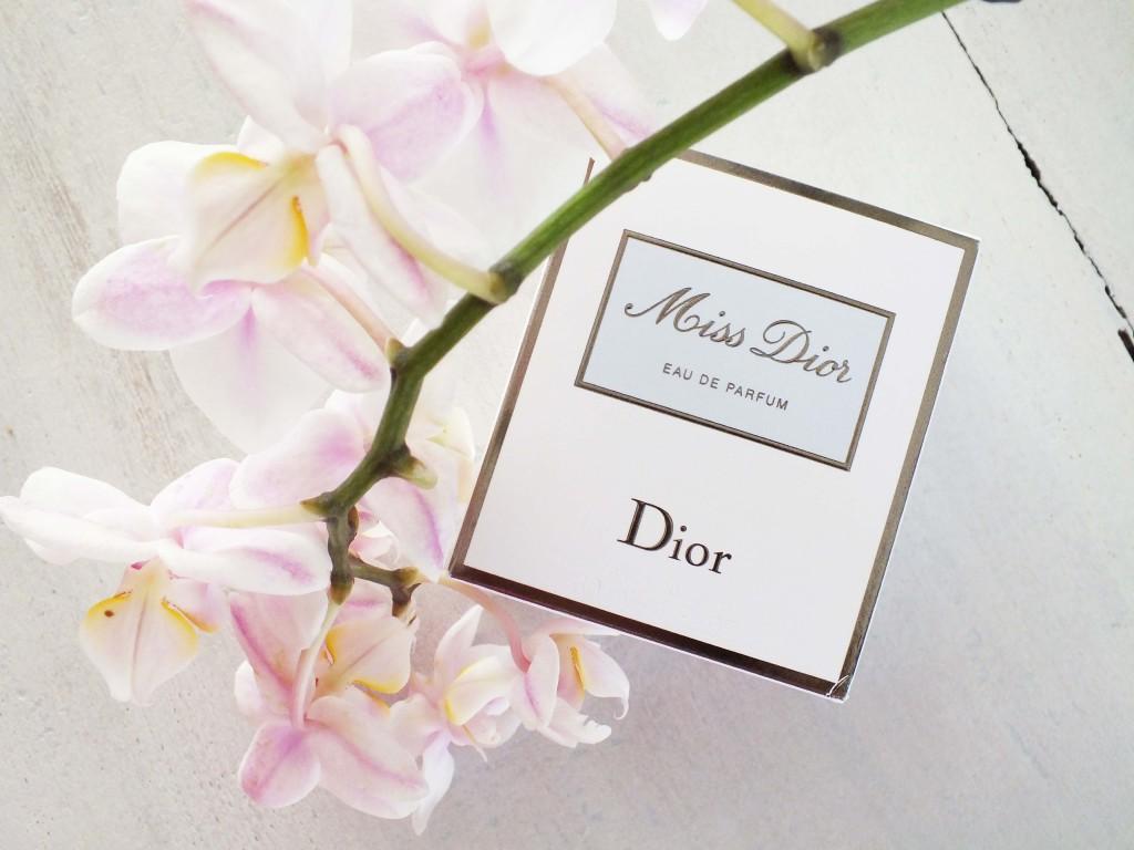 Review: Miss Dior Eau De Parfum verpakking