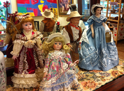 Fab-Finds-Flagler-Hammock-Thrift-Store-Dolls