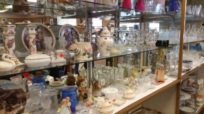 Fab-Finds-Nearly-New-Society-of-Saint-Vincent-de-Paul-Glassware