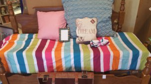 Fab-Finds-Beam-Thrift-Couch