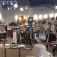 Fab-Finds-Beam-Thrift-Store-inside2