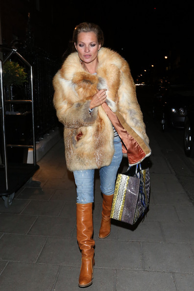 Classic - jeans and vintage fur.