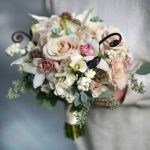 Choosing your wedding flowers – Things you should know