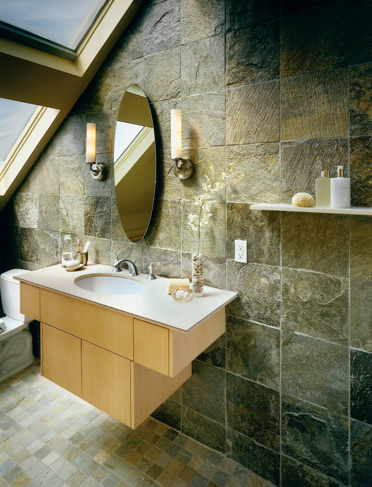 SMALL BATHROOM TILE IDEAS PICTURES on Bathroom Tile Designs  id=38349