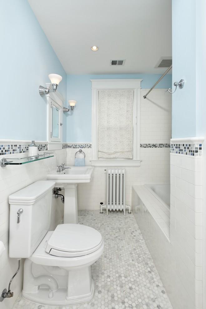 SMALL BATHROOM TILE IDEAS PICTURES on Bathroom Tile Designs  id=87381
