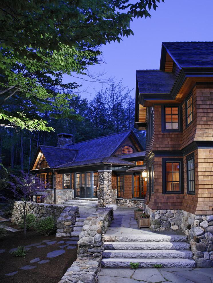 Modern Houses with shingle siding on Modern House Siding Ideas  id=34673