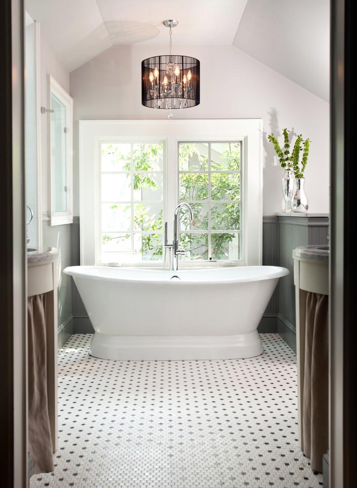 Stylish design ideas for the small bathroom on Small Bathroom Ideas With Tub id=97066