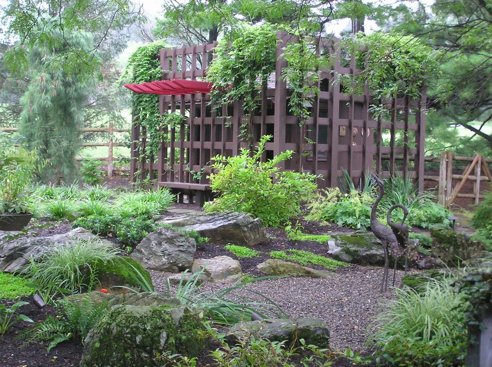 Big White Pebbles Garden