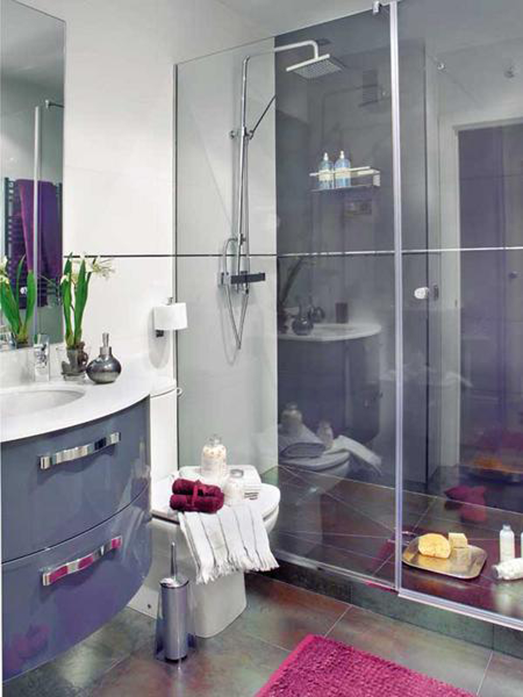 Small bathroom ideas pictures on Small Restroom Ideas  id=77578