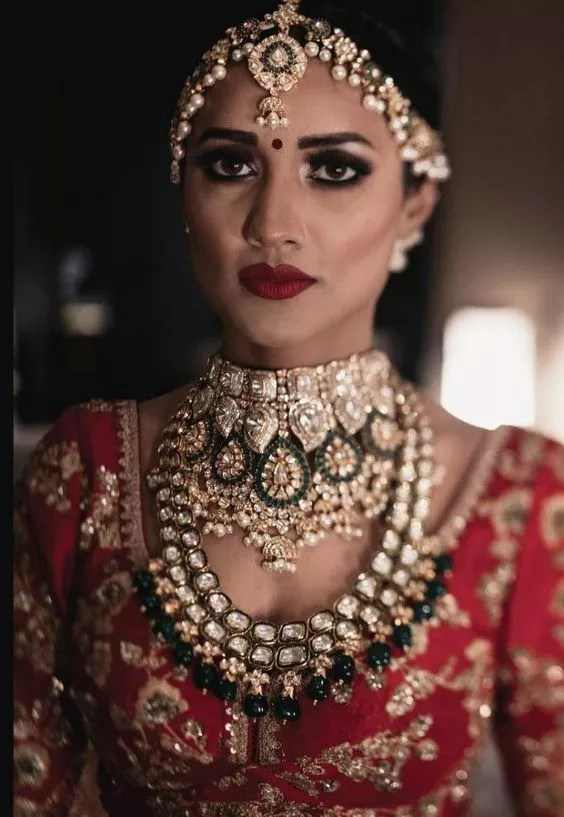 Bridal neckpieces- FabWeddings