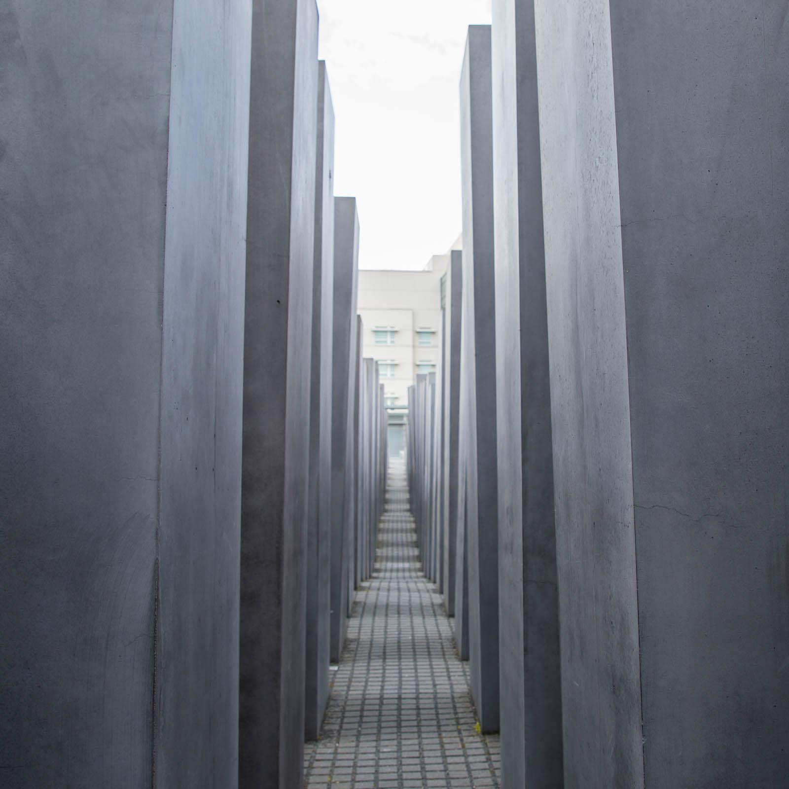 Walking among the stelae