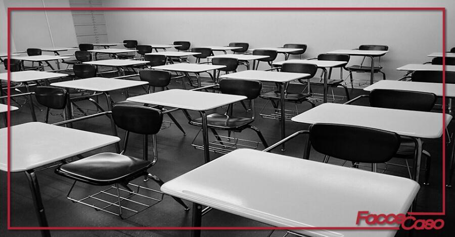 """Incursioni a scuola: la """"Ettore Castronovo"""" sotto assedio"""