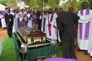 zuz funeral2