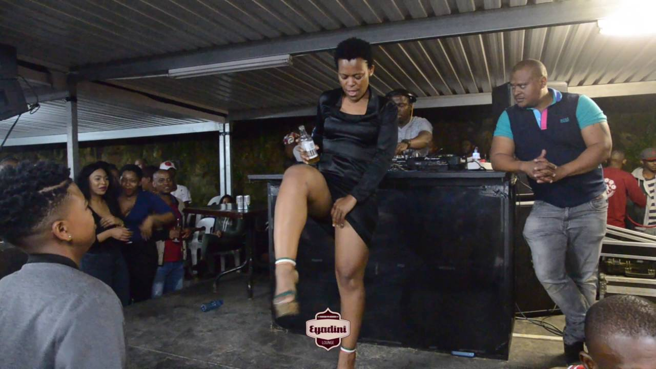 Zodwa Wabantu Urges Her Fans To Stay Calm After Being Denied To Perform In Zambia -6746