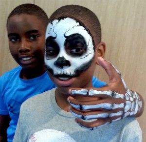 Skull-and-Hand