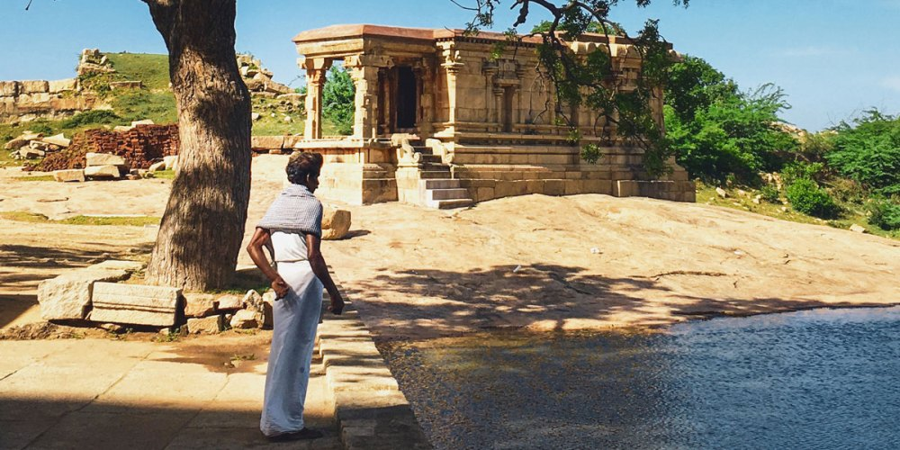 A quiet Shiva temple, found off the beaten track by our trusty driver Muraly.