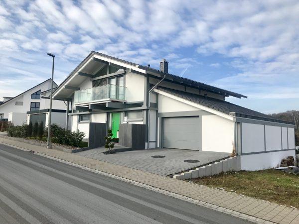 KD-Haus Strassenansicht