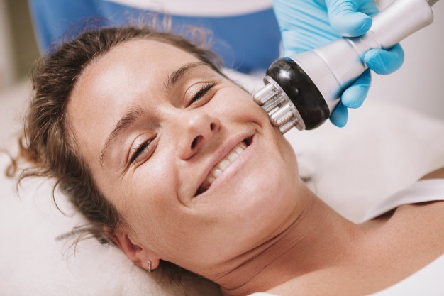 best at-home skin tightening devices reviews