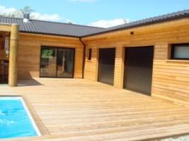 maison bois drôme piscine