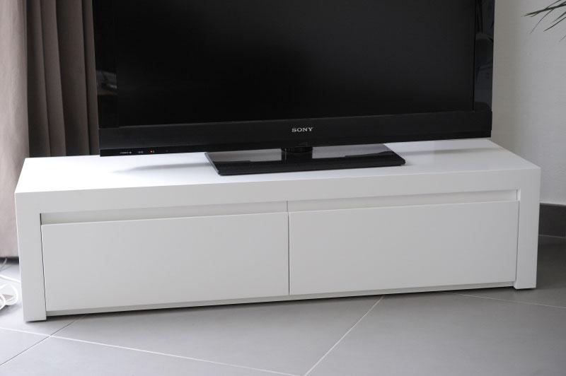 salon meuble tv bas en laque