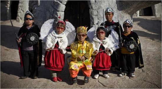 В коммуне Кунминг в Китае живут только карлики