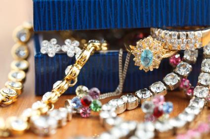 Hong Kong Costume Jewelry Shopping