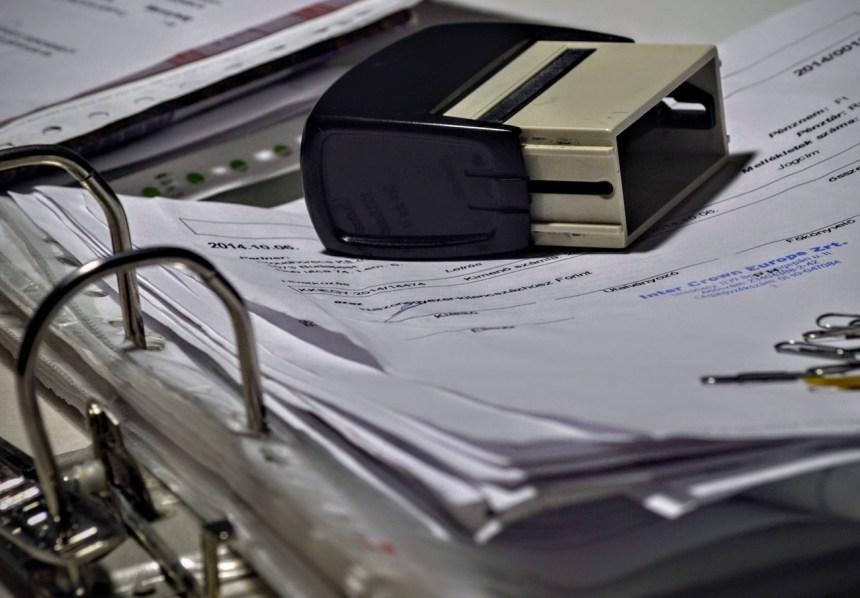Pagar una factura en metálico superior a 1.000 euros será ilegal desde el próximo 1 de enero