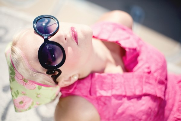 summer-young-woman-pretty-sunglasses-sunshine
