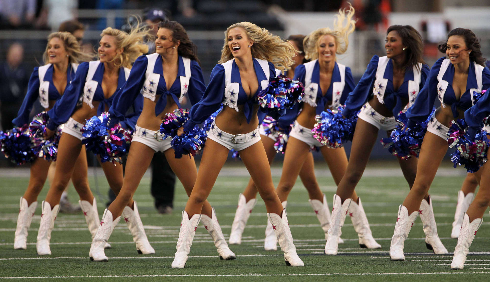 5f41d9be98a Today s highly interesting read (10 07 17)  Have you noticed NFL  cheerleaders haven t taken a knee