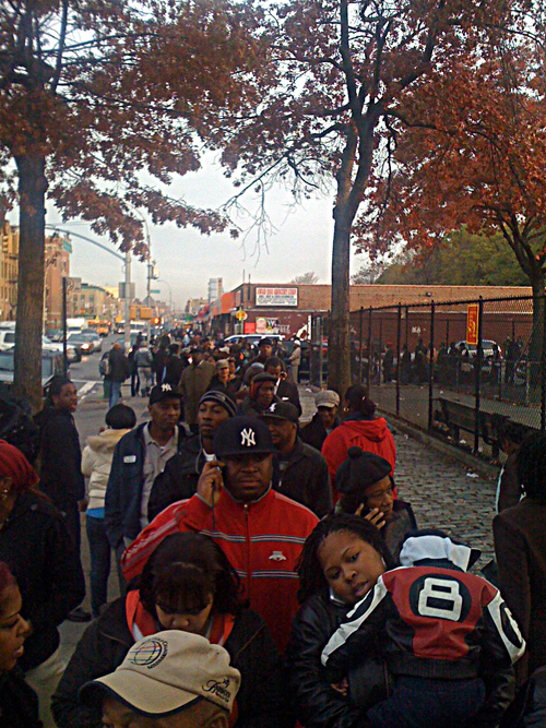 Long lines on election day - Nostrand Avenue - Flatbush - © Frank H. Jump
