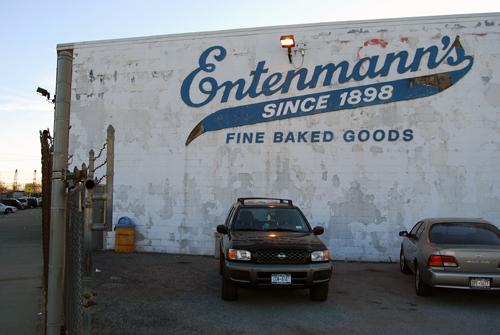 Entenmann's Bakery - Troy Avenue - East Flatbush, Brooklyn