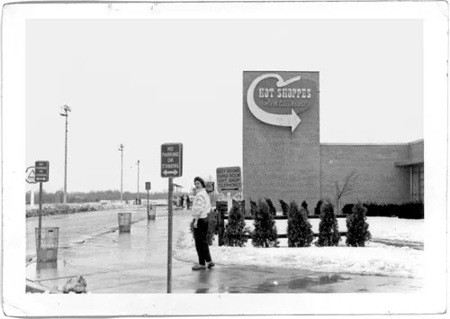 Willy at Hot Shoppes - 1958