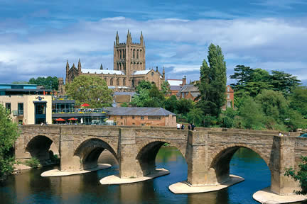 hereford_BridgeandCathedralLarge