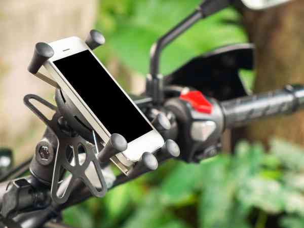 High Quality GPS Navigator or Smarthone Holder for Touring Motorcycle.