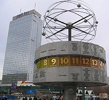 zz-kiosk-berlin-alexanderplatz-weltzeituhr
