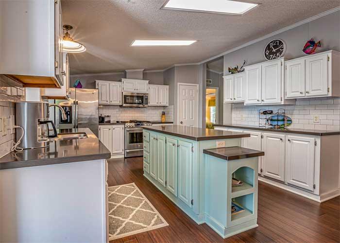 Arredamenti rustici:mobili legno massello per cucina nuovi. Cosa Mettere Sopra I Pensili Della Cucina Mobili