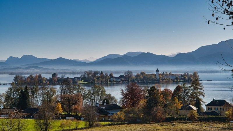 lake, mountains, foothills