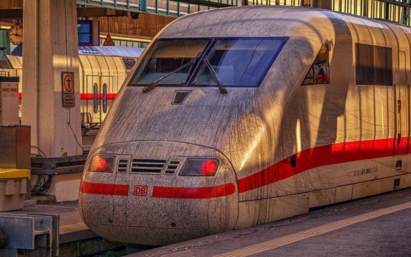 train, railway station, transportation