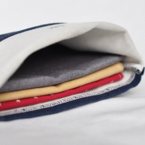 Fair - pochette bleue marine en coton bio taille M
