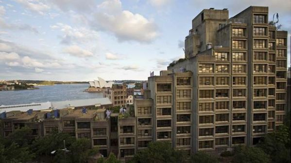Sydney waterfront public housing properties to be sold off