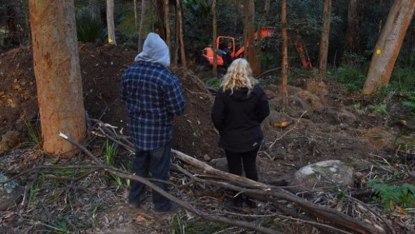 Human skeleton found in decade-long search for Sydney man ...