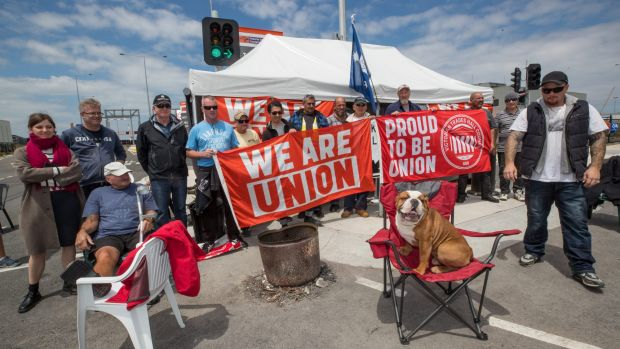 The Webb Dock picket line is being widely supported by the broader Victorian union movement.