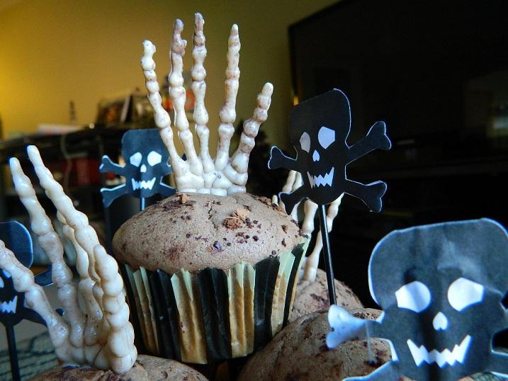 Halloween Cocoa Cupcakes