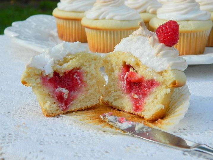 Tattooed Martha - Raspberry Filled Vanilla Cupcakes (29)