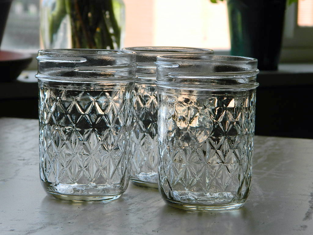 Tattooed Martha - Colored Mason Jars (1)