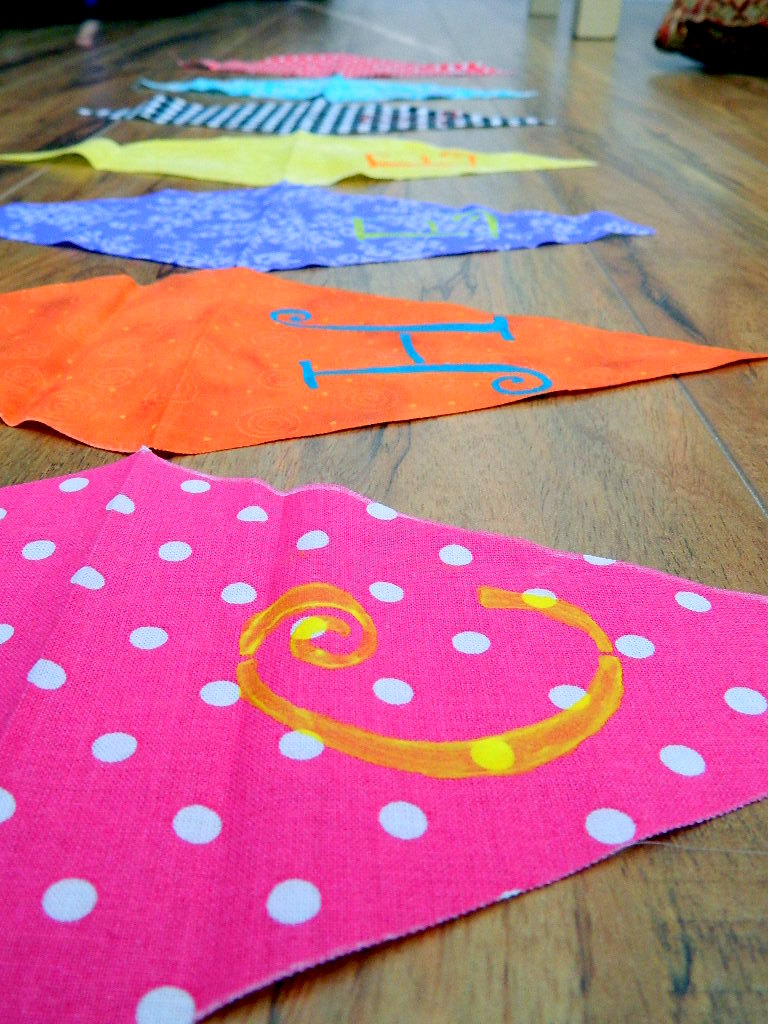 Tattooed Martha - No-Sew Scrap Fabric Banner (8)