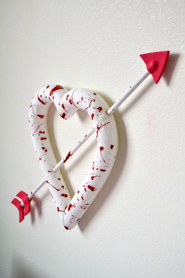 Tattooed Martha - Bloody Valentine Heart Wreath (7)